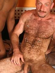 Interracial Gay Bear Fucks & Sucks 2 Young Blacksxxx