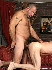 Horny guy enjoys his first time black rod. He likes to feel it in his mouth.