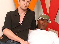 Handsome Interracial Gay Couple Blow & Assfuckxxx